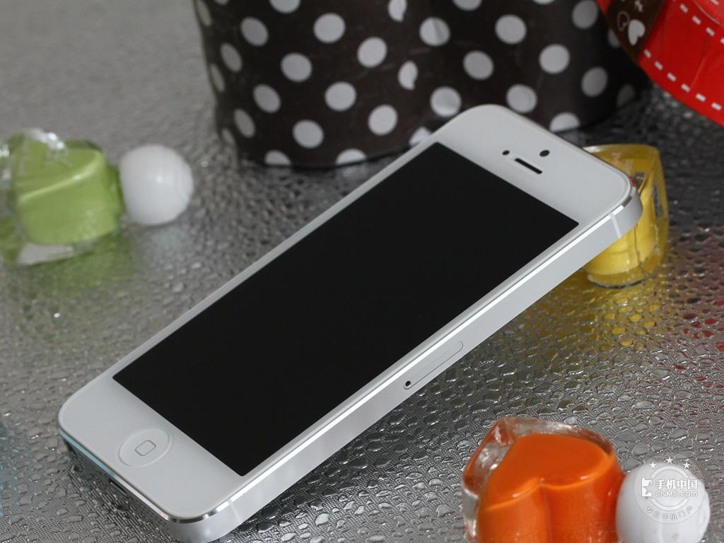 苹果iPhone5(64GB)整体外观第3张
