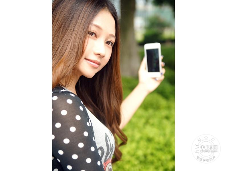 苹果iPhone5(联通版)时尚美图第7张