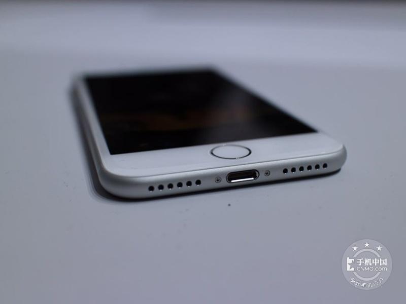 苹果iPhone7(256GB)整体外观第6张