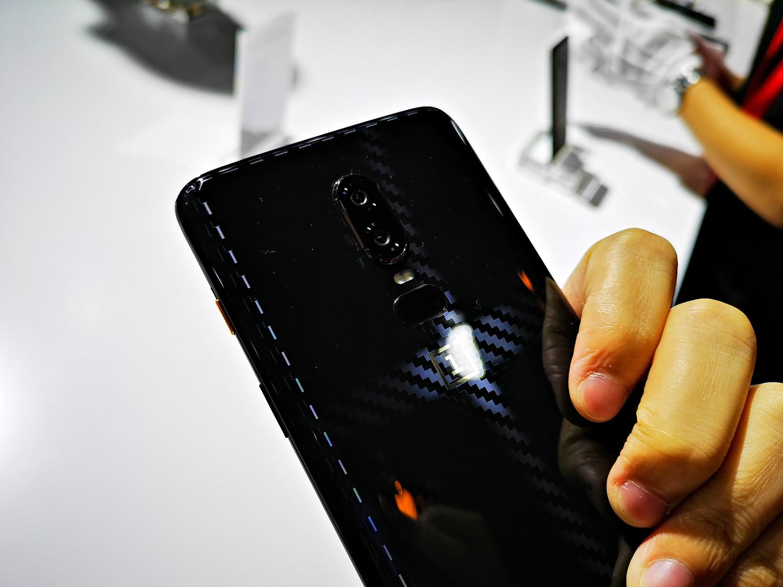 一加手机6(复联版)机身细节第2张