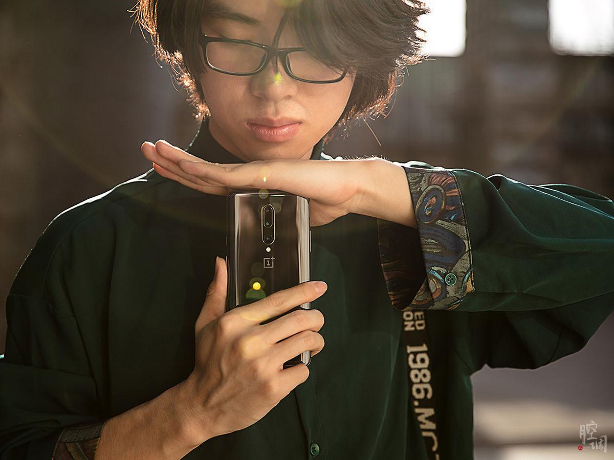 一加手机7Pro(12+256GB)时尚美图第8张