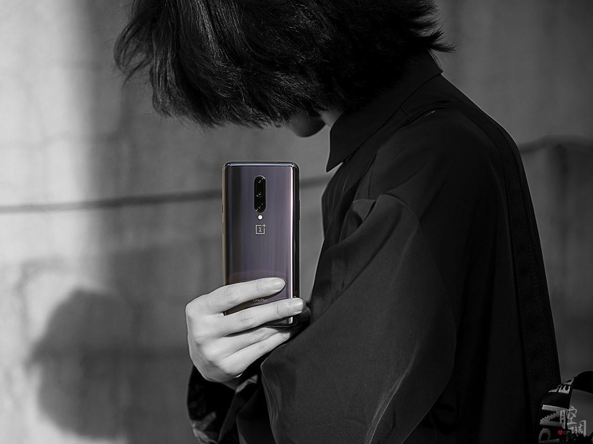一加手机7Pro(8+256GB)时尚美图第5张