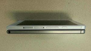 【华为P6】据透露,华为秘密研发多时,这款手机的型号为华为P6,机身厚度仅为6.18毫米,而售价则将为3699元。是名副其实的全球最薄手机,除了超薄的机身设计,正面是4.7英寸720P的高清显示屏